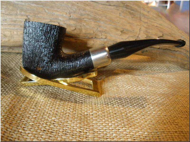 Pipe Classic Series Dark Rusticated Bent Dublin