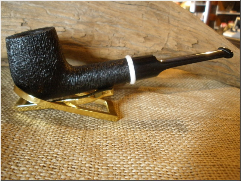 Pipe Classic Series Dark Rusticated Billiard