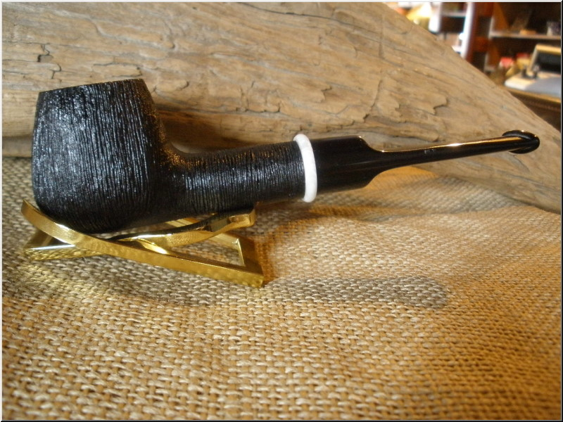 Pipe Classic Series Dark Rusticated Brandy