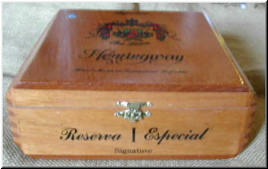 Cigar Box Art Fuente Hemingway Signature Empty Box