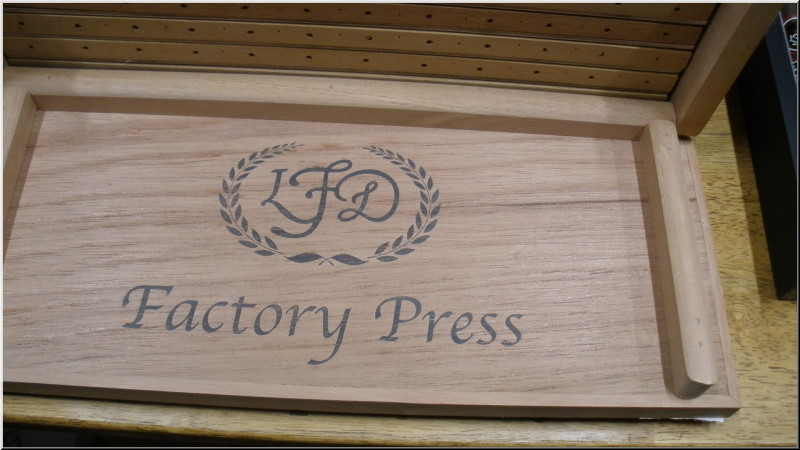 La Flor Dominicana Factory Press Cigar