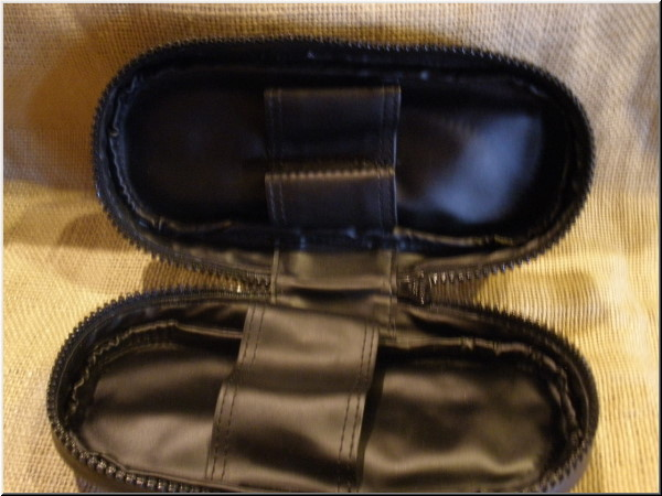 Peterson Pipe and Tobacco Bags Classic 2 Pipe Medium Bag