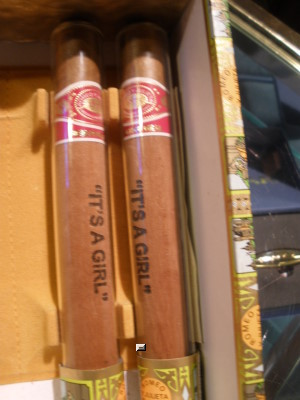 Romeo y Julieta Reserva Real Cigar - Boy/Girl