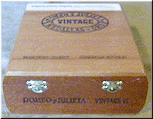 Cigar Box Art Romeo y Julietta Vintage Empty Humidor Box with humidifier