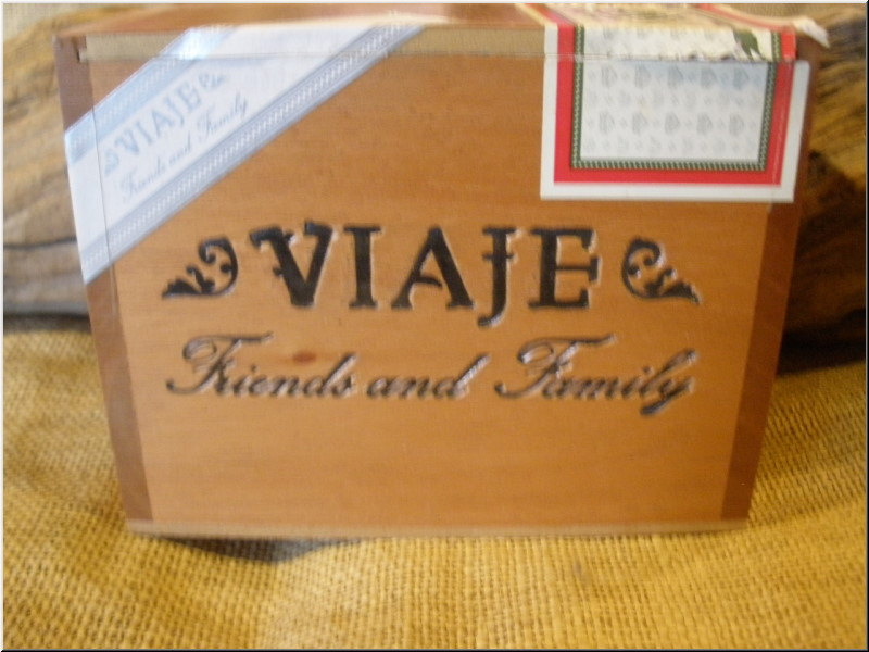 Cigar Box Art Viaje Friends and Family Empty Box